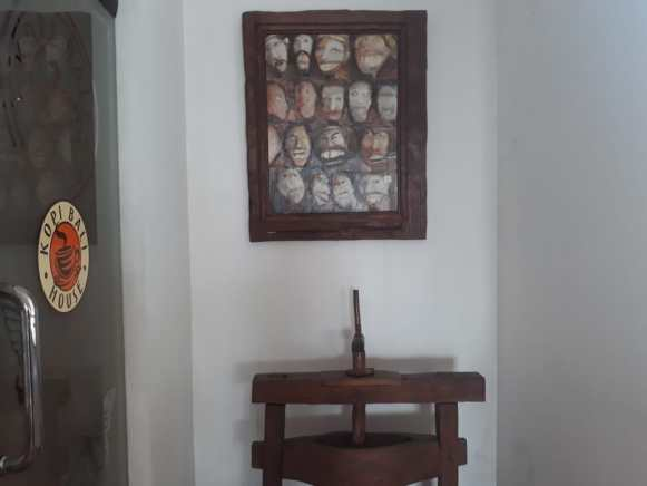 Gallery Mengagumi Lukisan Kopi di Kopi Bali House