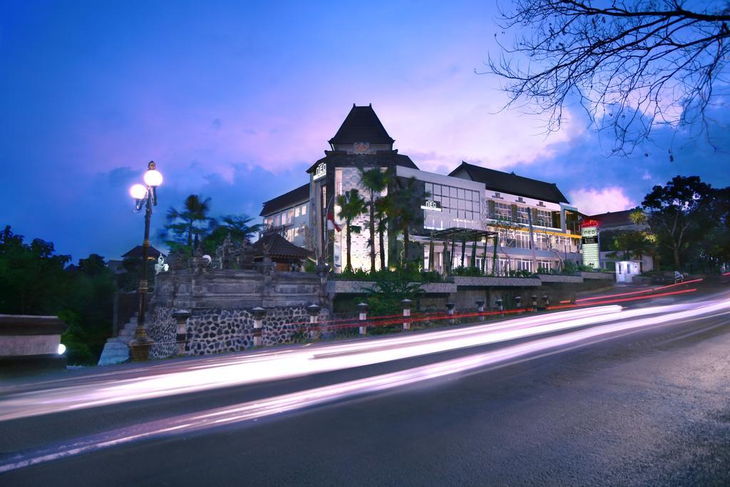 Gallery Hotel NEO Denpasar