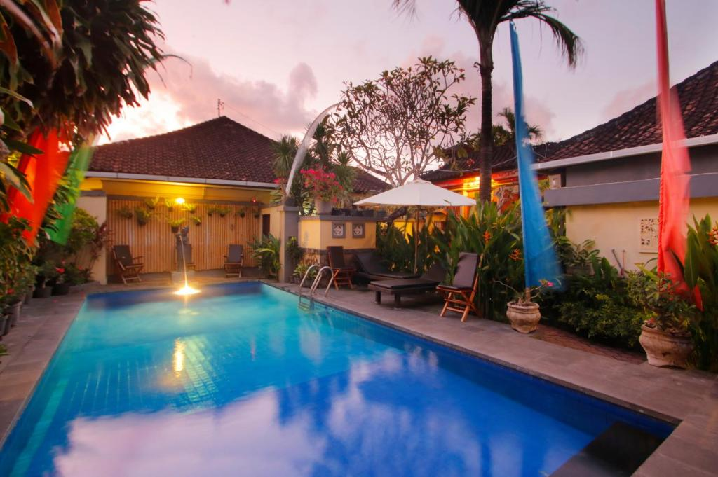 Gallery Hotel Jati and Homestay